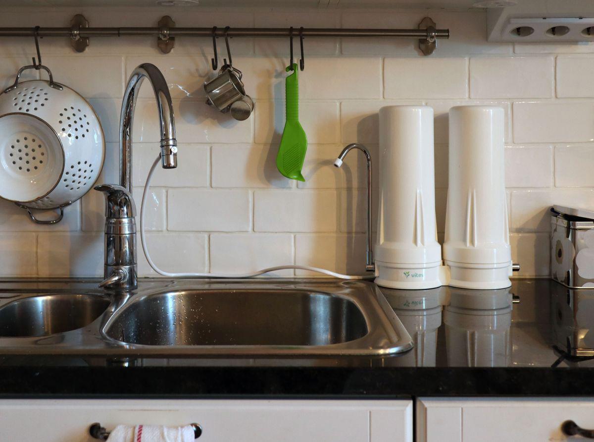 Vitev FLO+ asennus keittiöön